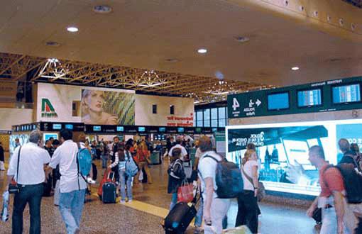 Немец поселился в шведском аэропорту