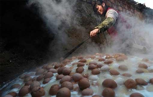 Необычные китайские блюда: «Яйцо мальчика»