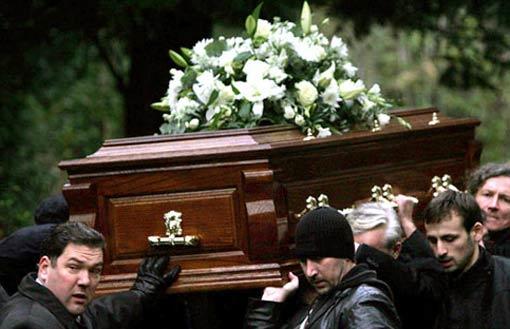 Гилберто Арауйо посетил собственные похороны