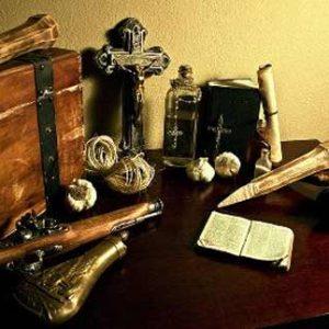 В Сербии до сих пор носят чеснок и кресты от вампиров