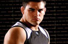 Келвин Гастелум получил травму и покинул кард UFC 195