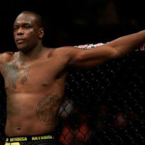 Бой Рафаэль Кавальканте — Овинс Сен-Прё добавлен в кард UFC 196