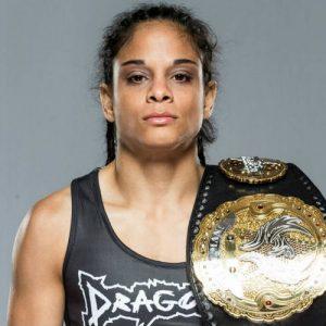 Чемпионка Invicta FC Ливия Рената Соуза готова пополнить ряды бойцов UFC