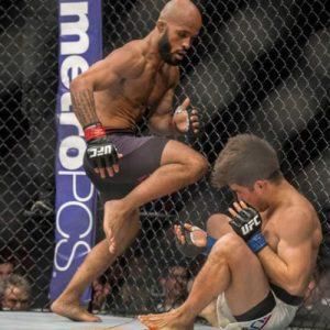 Джонсон и Джонс: итоги главных боёв UFC 197 в цифрах