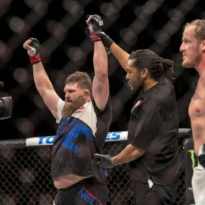 Деррик Льюис встретится с Роем Нельсоном на UFC Fight Night 90