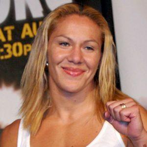 Кристиана Киборг Жустино — Лесли Смит 14.05.2016: прогноз на бой UFC 198