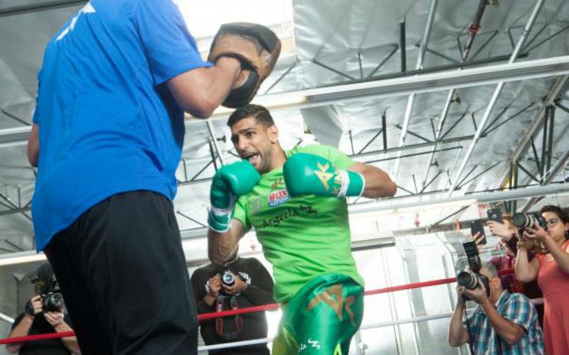 Бой Сауль Альварес — Амир Хан бокс: смотреть онлайн видео повтор, запись, нокаут 7 мая 2016
