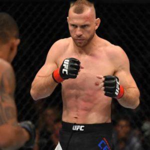 Бой Дональд Серроне — Патрик Коте онлайн: смотреть видео повтор, запись UFC Fight Night 89 от 18.06.2016