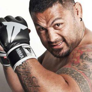 Марк Хант готов покинуть UFC из-за ситуации с Броком Леснаром