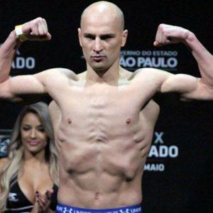 Камару Усман — Александр Яковлев 23.07.2016: прогноз на бой UFC on FOX 20