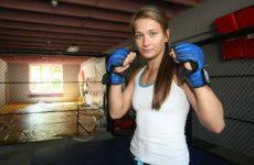 Каролина Ковалькевич призывает дать ей бой с Енджейчик
