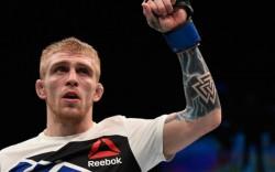 Иэн МакКол vs. Джастин Скоггинс 30.07.2016: прогноз на бой UFC 201