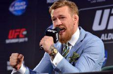 МакГрегор судится с жертвой метания банок на пресс-конференции перед UFC 202