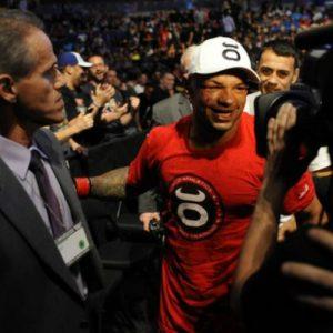 Тиаго Алвес пропустит 3 месяца из-за провала взвешивания перед UFC 205