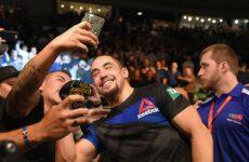 Уиттакер: на UFC 217 Сент-Пьер выглядел медленнее, чем обычно