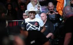 Алекс Оливейра — Тим Минс 30.12.2016: прогноз на бой UFC 207