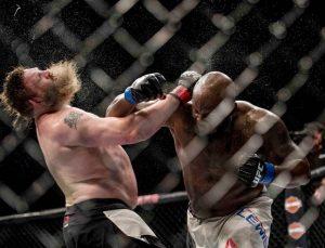 Файткард UFC Fight Night 105 сформирован