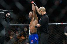 Бой Кевин Ли vs. Франсиско Тринальдо — часть карда UFC Fight Night 106