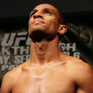 Райан ЛаФлэр — Роан Карнейро 11.02.2017: прогноз на бой UFC 208