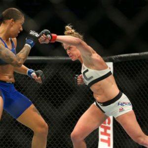 Шоу UFC 208 посетили 15628 зрителей