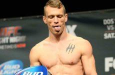 Иэн Энтвистл — Бретт Джонс 18.03.2017: прогноз на бой UFC Fight Night 107