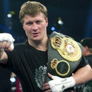 Бой Александр Поветкин — Кристан Хаммер: смотреть онлайн видео трансляцию вечера бокса в Екатеринбурге от 15 декабря 2017