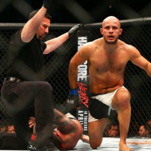 Новичок Уилкинсон заменит Азайтара в битве с Бахадурзадой на UFC Fight Night 115
