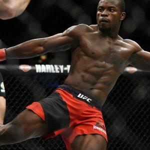 Абдул Разак Альхассан vs. Сабах Хомаси — третий официальный бой UFC 218