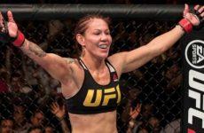 Жустино намекнула на то, что сразится с Холм в рамках UFC 219