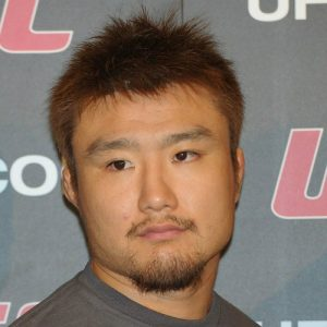 Таканори Гоми — Дон Хьюн Ким 23.09.2017: прогноз на бой UFC Fight Night 117