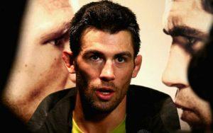 Доминик Круз готов заменить Диллашоу или Гарбрандта на UFC 217