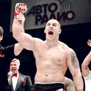 Дмитрий Сосновский покинул кард UFC Fight Night 116