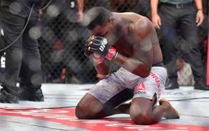 Бонусы UFC Fight Night 119: Брансон, Дос Сантос, Гриффин и Муньос заработали по $50 тыс.