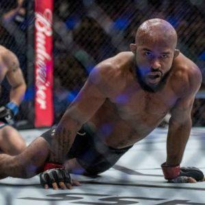 Гарантированный гонорар Джонсона за участие в UFC 216 составил $370 тыс.