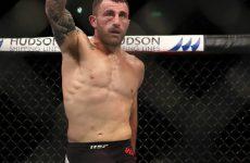 Банденаи снялся с боя против Волкановски на ноябрьском турнире UFC в Австралии
