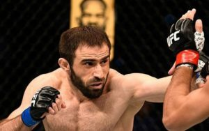 Омари Ахмедов — Марвин Веттори 30.12.2017: прогноз на бой UFC 219