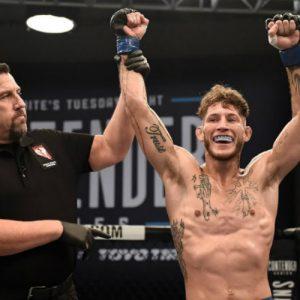 Мэдс Барнелл — Майк Сантьяго 13.01.2018: прогноз на бой UFC Fight Night 124
