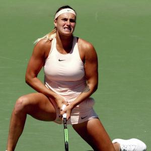 Видео. Теннис. Арина Сабаленко уверенно обыграла Эшли Барти и прошла в финал Премьера в Ухане.
