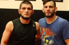 Хабиб Нурмагомедов готовиться к бою с Конором Макгрегором вместе с Джоном Фитчем
