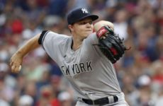 Прямая трансляция бейсбольного поединка Нью-Йорк Янкиз — Торонто Блу Джейс. МЛБ.