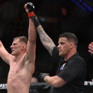 Александр Волков желает получить титульный бой, выиграв в бою с Дерриком Льюисом