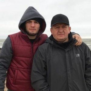 Отец Нурмагомедова относительно поведения Конора Макгрегора