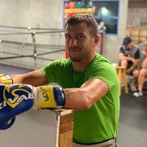 Василий Ломаченко приступил к спаррингу в цикле подготовки к бою с Хосе Педрасой