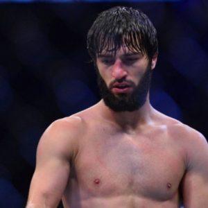 Бой Зубайры Тухугова и Артёма Лобова на UFC Fight Night 138 не состоится
