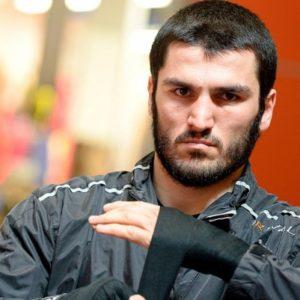 Артур Бетербиев заявил, что не собирается драться с Ковалёвым, если тот не вернёт себе титул