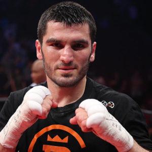 Артур Бетербиев подал апелляционный иск на своего промоутера