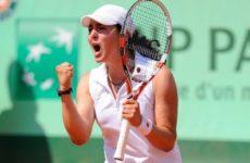 Прямая трансляция Моника Никулеску — Он Жабер. Теннис. WTA International Гонконг.