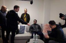Пакьяо прилетел в Нью-Йорк для объявления поединка с Бронером