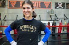 Роксанн Модаффери предлагает новую систему наказания для проваливших сгонку веса бойцов