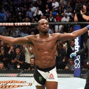 Джон Джонс обещает более уважительно относиться к своей карьере в UFC
